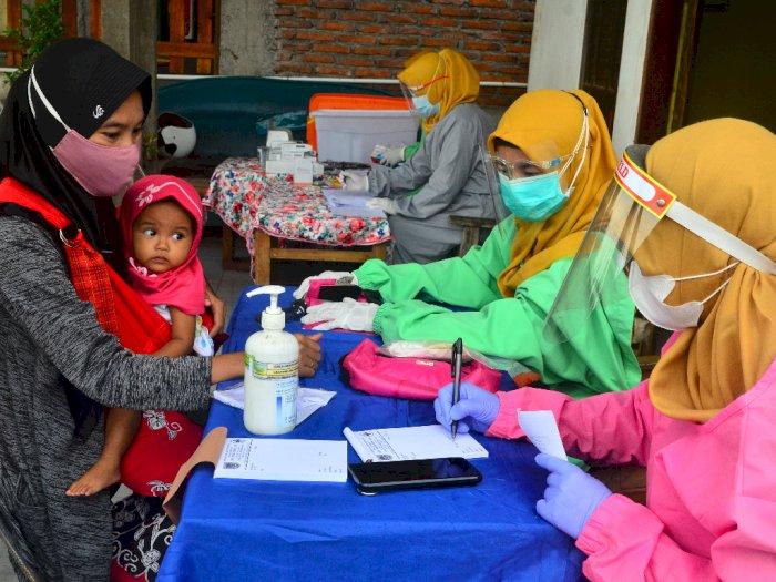 FOTO: Pengobatan Gratis Bagi Warga Korban Banjir Kudus