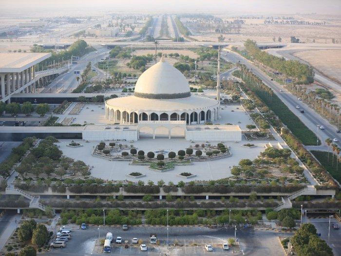 Bandara Terluas dan Tersibuk di Dunia