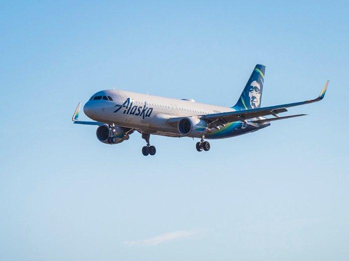 Alaska Airlines Rilis Protokol Kesehatan Berbentuk Video Musik Parodi Lagu 'Safety Dance'