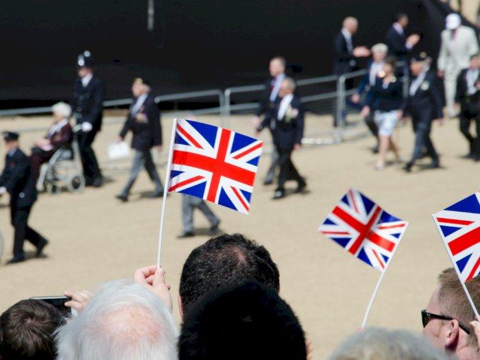 Banyak yang Patuh Aturan, Inggris Kurangi Masa Karantina Bagi Turis Jadi 10 Hari