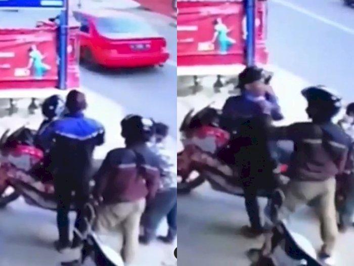 Viral Video Pria Maling Motor di Depan Pemiliknya, Aksi Pencurian itu Berakhir Adu Jotos