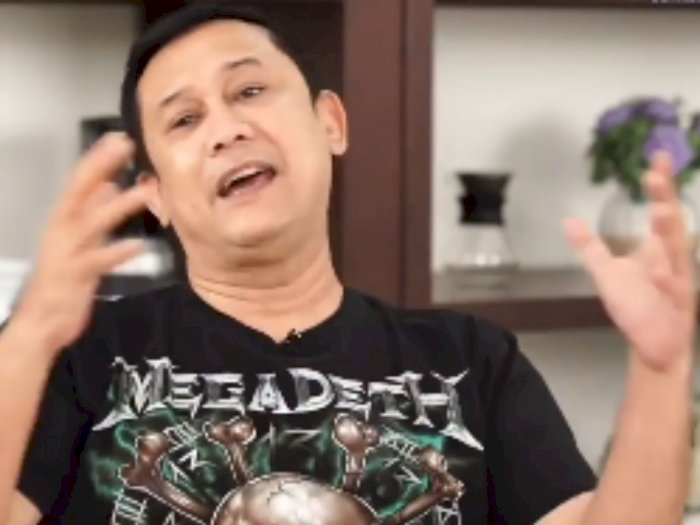 Denny Siregar Minta Tolong ke Menteri Baru: Bersihkan PNS dari Antek-antek PKS dan HTI