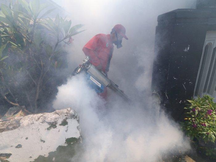FOTO: Cegah Penyebaran Demam Berdarah di Kediri