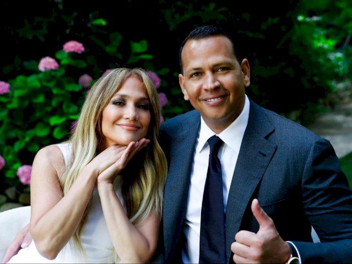 Jennifer Lopez dan Alex Rodriguez Sedang Mempertimbangkan untuk Tidak Menikah Sama Sekali