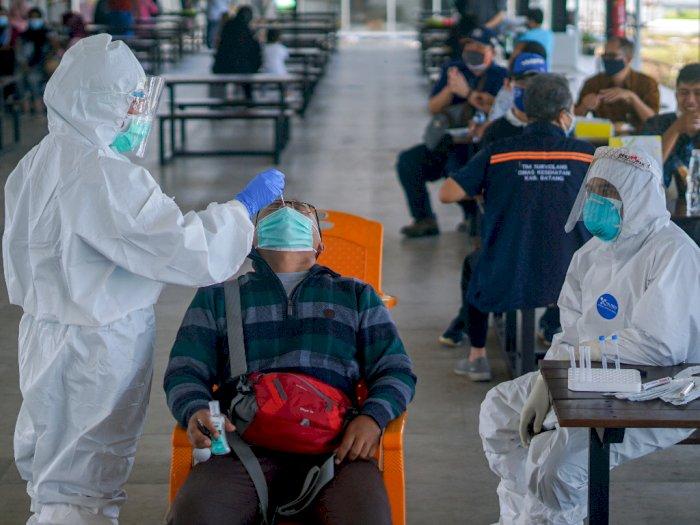 FOTO: Tes Cepat Antigen di Rest Area Tol Batang