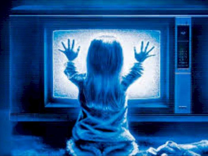 Sinopsis 'Poltergeist (2015)' - Teror Roh Jahat di Rumah Baru