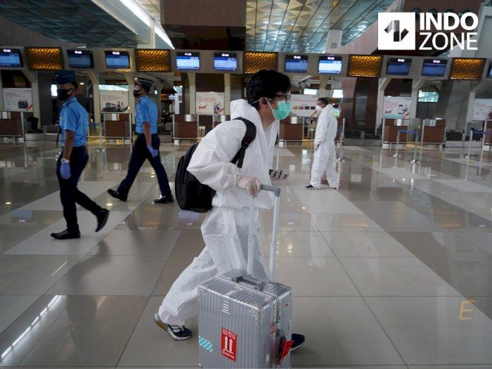 Luhut Larang Orang dari Inggris dan Australia Masuk ke Indonesia