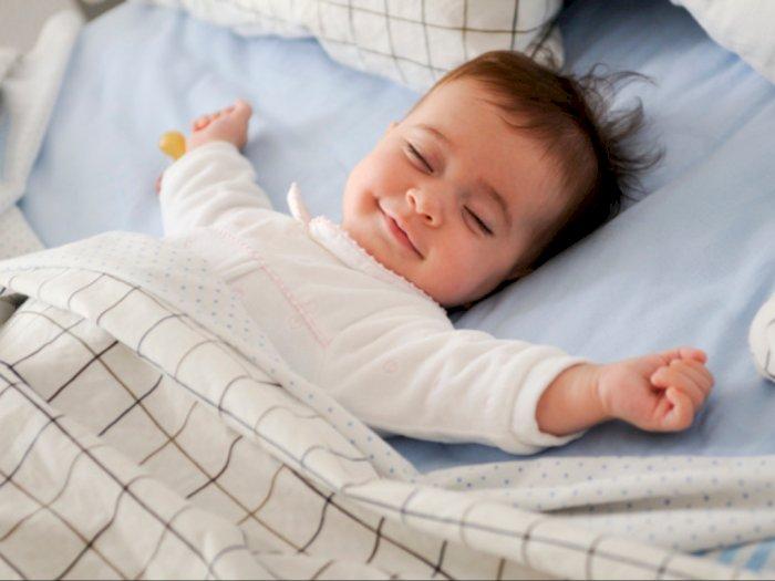 4 Tips Merawat Bayi Baru Lahir saat Musim Dingin