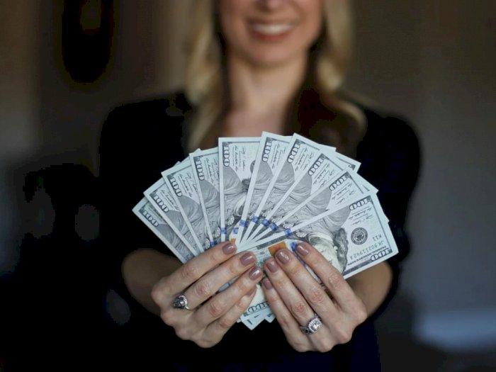 Bagaimana Hubungan Uang dan Kebahagiaan, Menurut Studi