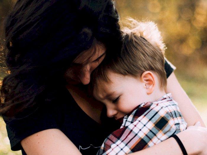 Dear Moms, Anak yang Sering Dipeluk Akan Lebih Tangguh Hadapi Bullying