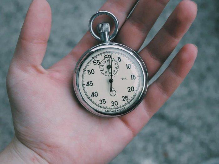 Sejarah Panjang 1 Jam 60 Menit dan 1 Menit 60 Detik