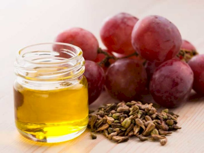 Tambahkan Minyak Biji Anggur ke Dalam Rutinitas Perawatan Kulit Dapatkan Manfaatnya