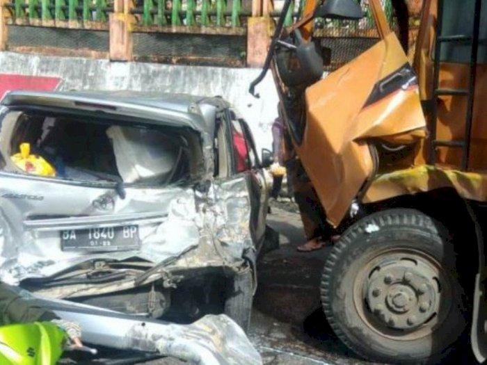 Rem Blong, 10 Unit Kendaraan Terlibat dalam Kecelakaan Beruntun tak Jauh dari Lembah Anai