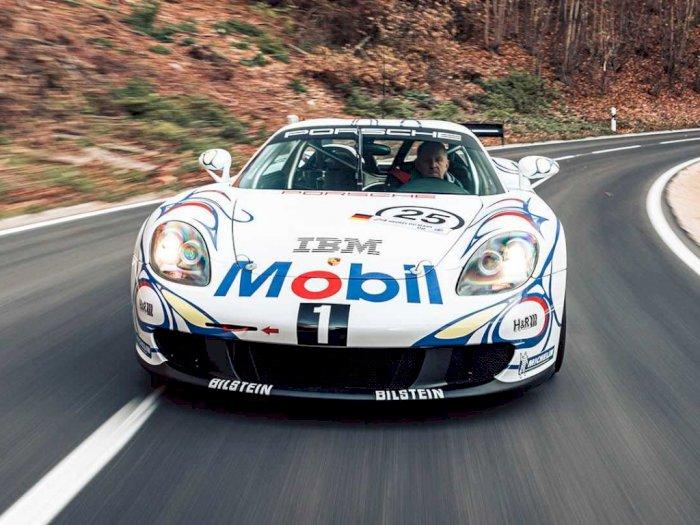 Mobil Porsche Carrera GT-R Keluaran Tahun 2005 Ini Dijual Seharga Rp14 Miliar!