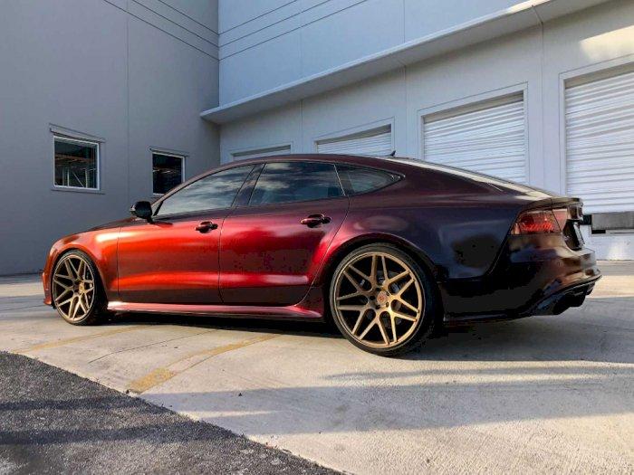 Audi RS7 Ini Tampil Keren dengan Warna yang Bisa Berubah dari Merah ke Hitam!
