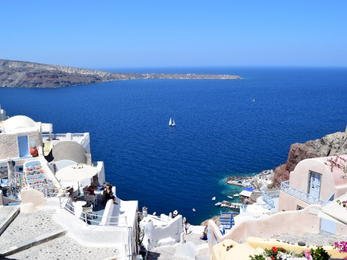Pendapatan Menurun Drastis, Pariwisata Yunani Diperkirakan Pulih Musim Panas Mendatang