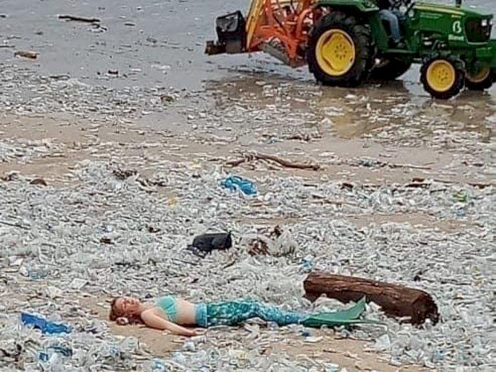 Viral Potret 'Putri Duyung' di Pantai Kuta, Netizen: Ini Tamparan Keras