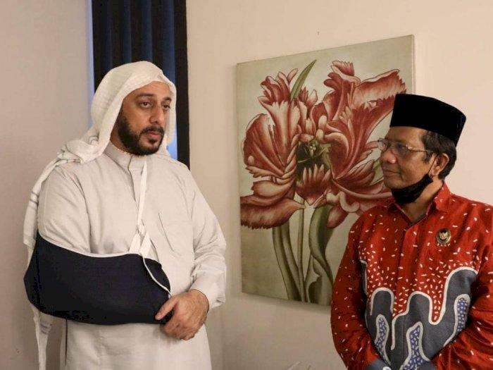 Mahfud MD Soal Kondisi Syekh Ali Jaber: Alhamdulillah Makin Membaik