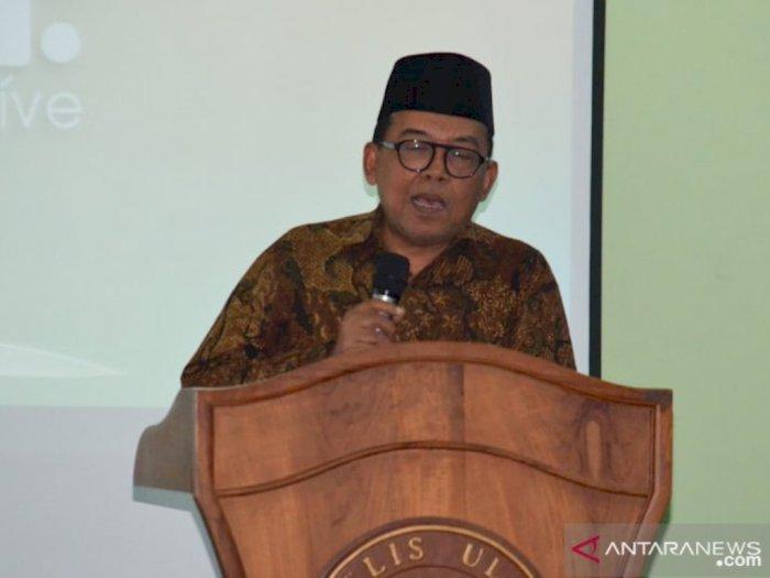 MUI Sebut Fatwa Vaksin Covid-19 Terbit Sebelum Jokowi Divaksinasi