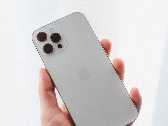 Ming-Chi Kuo: Tidak Ada Upgrade Signifikan di Kamera iPhone Sampai Tahun 2023!