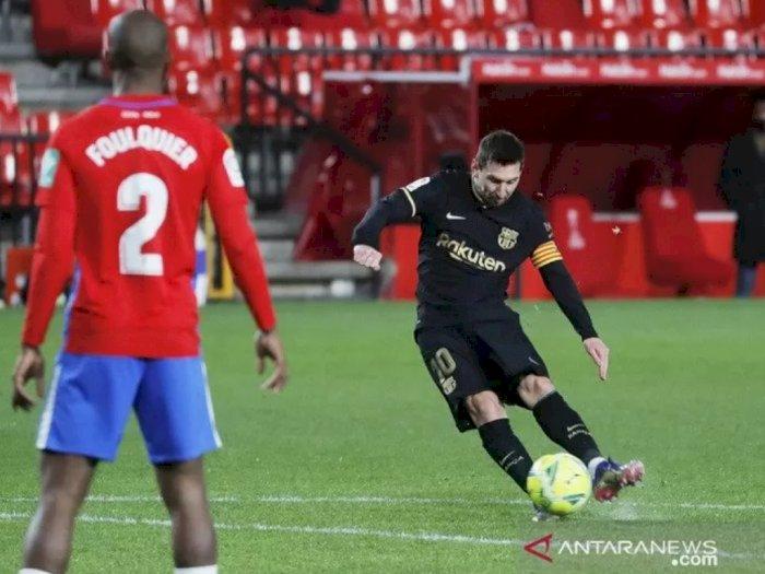 Messi Cetak Dua Gol Bantu Barcelona Kalahkan Granada dengan Skor 4-0