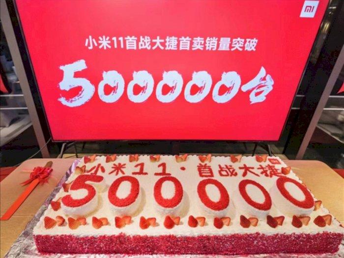 Xiaomi Ternyata Sukses Jual Setengah Juta Mi 11 di Penjualan Pertamanya!