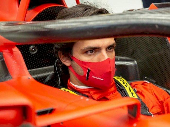 Inilah yang Dilakukan Ferrari pada Carlos Sainz Sebelum Balapan Dimulai