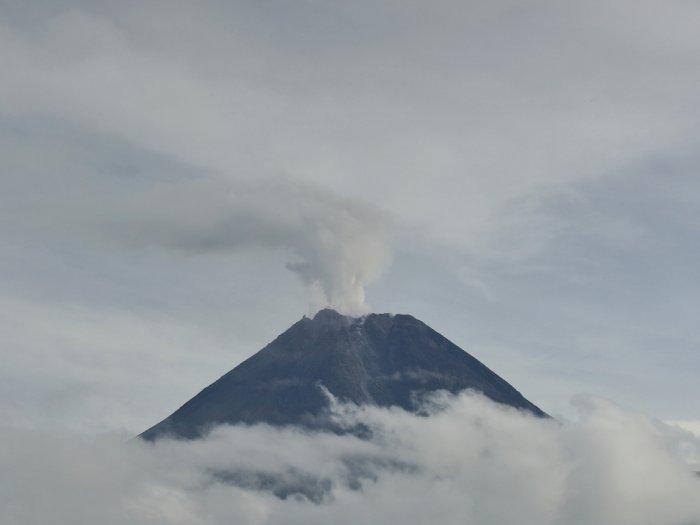 FOTO: Guguran Gunung Merapi