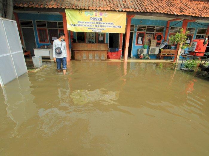 FOTO: Kantor BPBD Indramayu Dilanda Banjir
