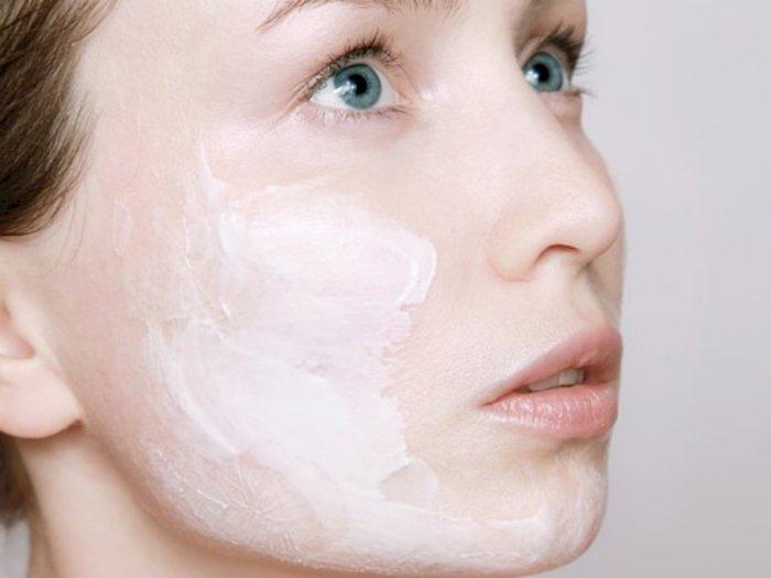 Tak Hanya Untuk Kecantikan, Memakai Skincare Juga Bermanfaat bagi Kesehatan Mental