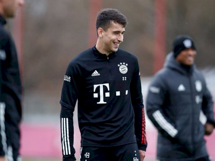 Enggan Tinggalkan Bayern, Marc Roca Merasa Senang di Tim Walau Jarang Main