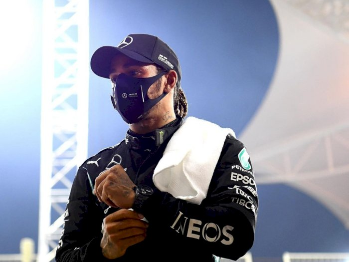 Kontrak Lewis Hamilton Berjalan Alot, Inilah Tanggapan Bos Mercedes F1!
