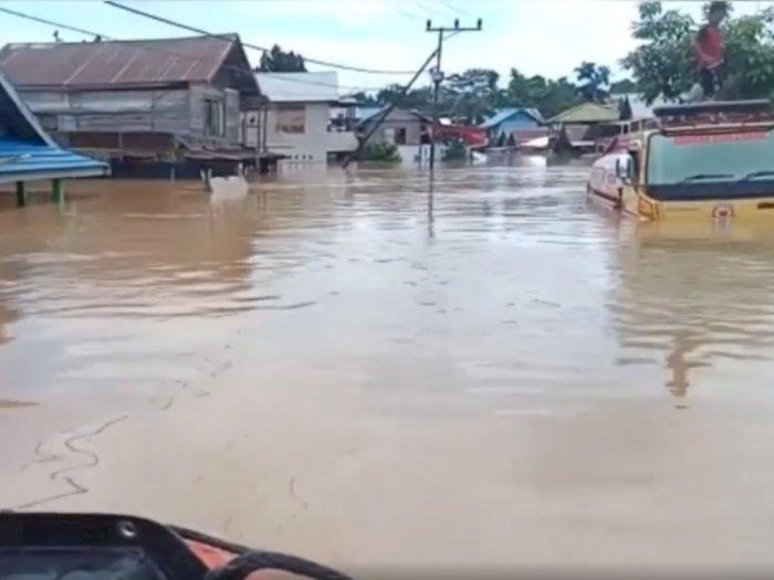 Banjir Besar Melanda Kalimantan Selantan, Ribuan Rumah Warga Terendam