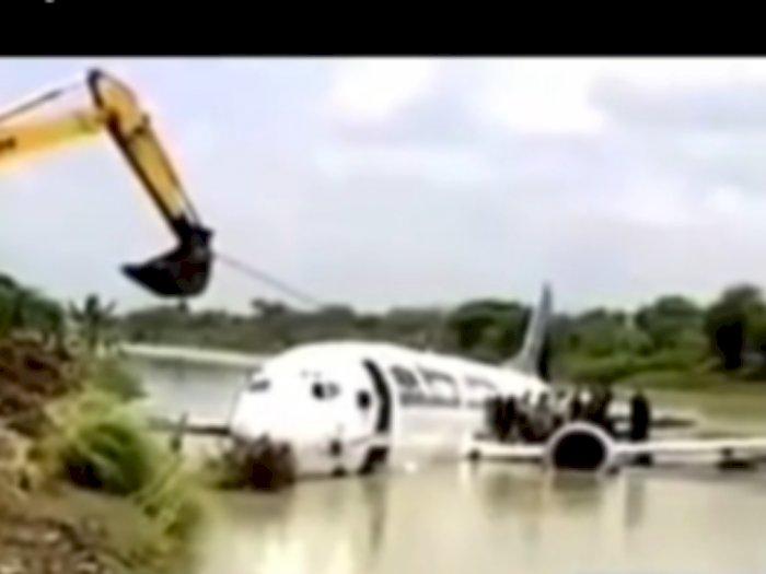 Mesin Mati di Udara, Pilot Garuda Mendarat Darurat di Sungai, Teriak Allahuakbar!