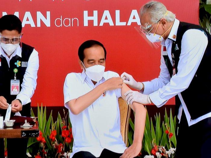 CEK FAKTA: Benarkan Vaksin yang Disuntik ke Jokowi Vitamin C? Ini Jawaban Erick Thohir