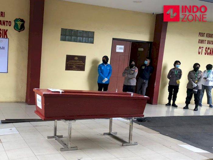 Polri Serahkan Jasad Korban SJ182 Asy Habul Yamin ke Pihak Keluarga