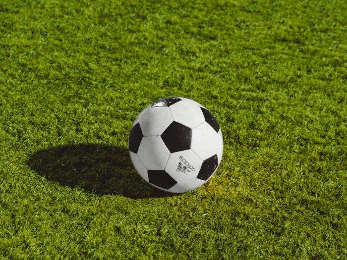 Aturan Sepak Bola Baru Tiongkok: Klub Dilarang Sertakan Nama Sponsor