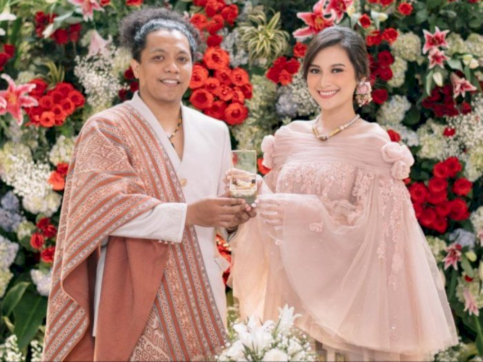 Indah Permatasari dan Arie Kriting Nikah Tanpa Restu, Ibunda Kini Singgung Soal Karma