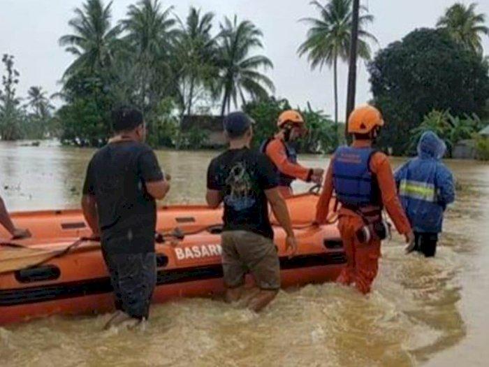 Banjir di Hulu Sungai Tengah Kalsel Jadikan Barabai Seperti Kota Mati, Semua Lumpuh