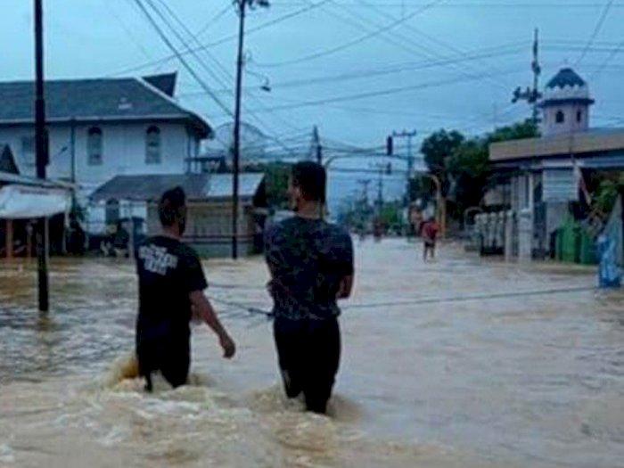Banjir di Hulu Sungai Tengah Kalsel, Pasar, Toko, Kantor, Bank dan Sekolah Terpaksa Tutup
