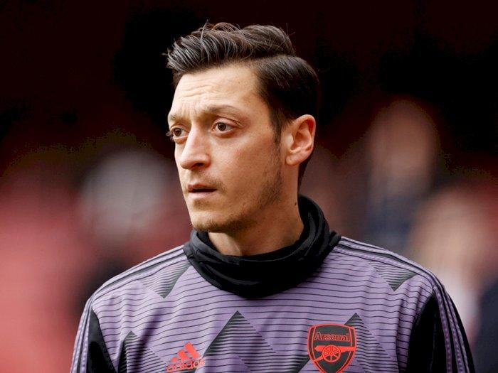 Arsenal Dikabarkan Siap Akhiri Kontrak dengan Mesut Ozil