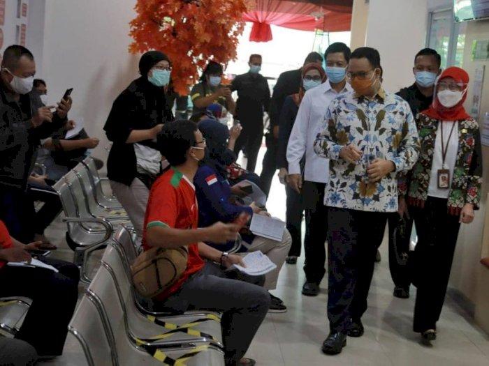 Gubernur Anies Ingatkan Penerima Vaksin Tetap Patuhi Protokol Kesehatan