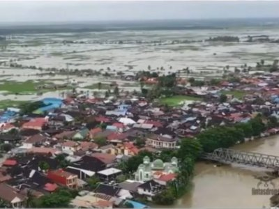 Puluhan Ribu Korban Terpaksa Mengungsi & Ratusan Rumah Terendam Dampak Banjir Besar Kalsel