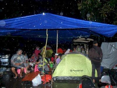 FOTO: Tempat Pengungsian Korban Gempa Bumi Sulawesi Barat