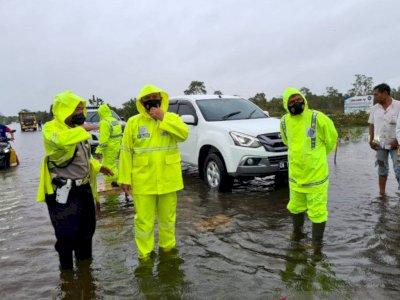Banjir Kalsel, Jalur Ekonomi Lintas Provinsi Terputus