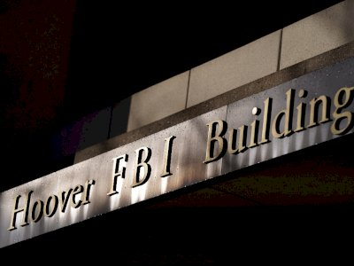 Jelang Pelantikan Biden, FBI Awasi Obrolan Online Para Kelompok EkstremisKanan