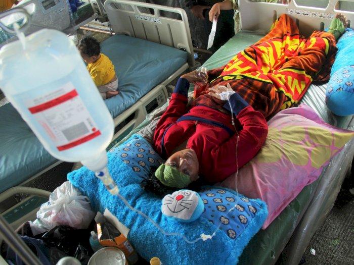 FOTO: Perawatan Korban Gempa Sulawesi Barat di Rumah Sakit