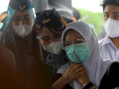 FOTO: Pemakaman Co-Pilot Fadly Satrianto