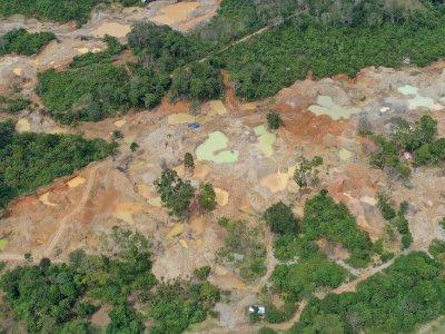 FOTO: Kerusakan Lingkungan Akibat Tambang Ilegal di Aceh