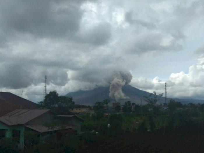 Gunung Sinabung Kembali Erupsi, Tinggi Kolom Abu Tidak Teramati